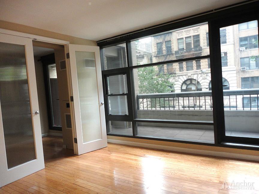 2 Bedroom Apartment in Chelsea