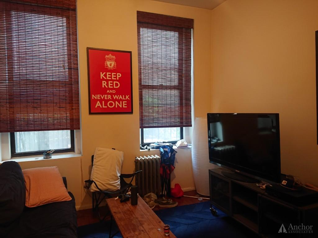242 Mulberry St Apt 3 - 1 Bedroom - Queen Size ++ Stainless Steel ++ Awesome