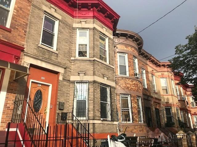 New To Market 691 Georgia ave ! Exclusive Sale of 2 convertible 3  Unit House in East New York!!