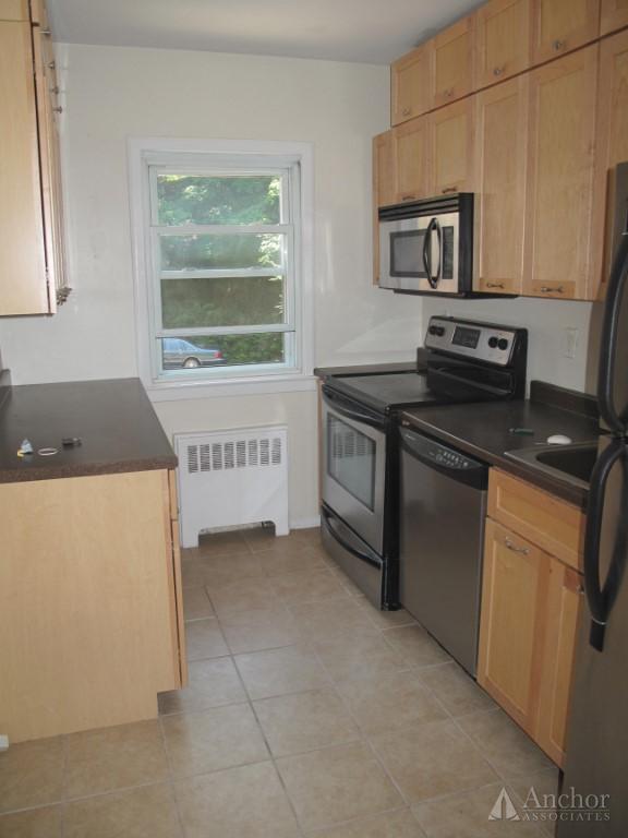 2 Bedroom Coop in Irvington