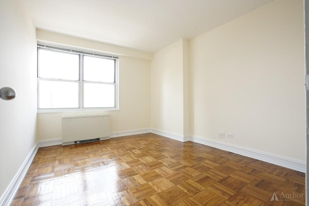 1 Bedroom Apartment in Midtown