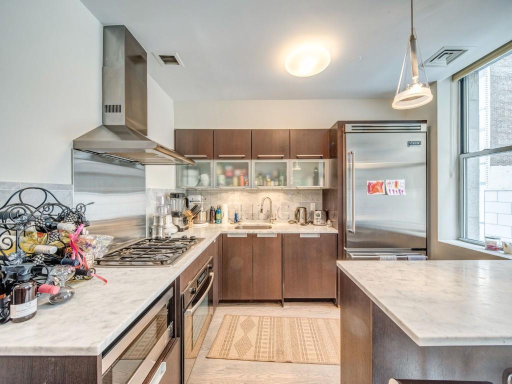 119 Fulton Street Seaport District New York NY 10038
