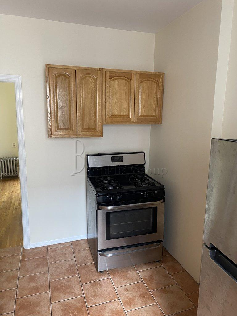 19-05 22nd Road Steinway-Ditmars Queens NY 11105