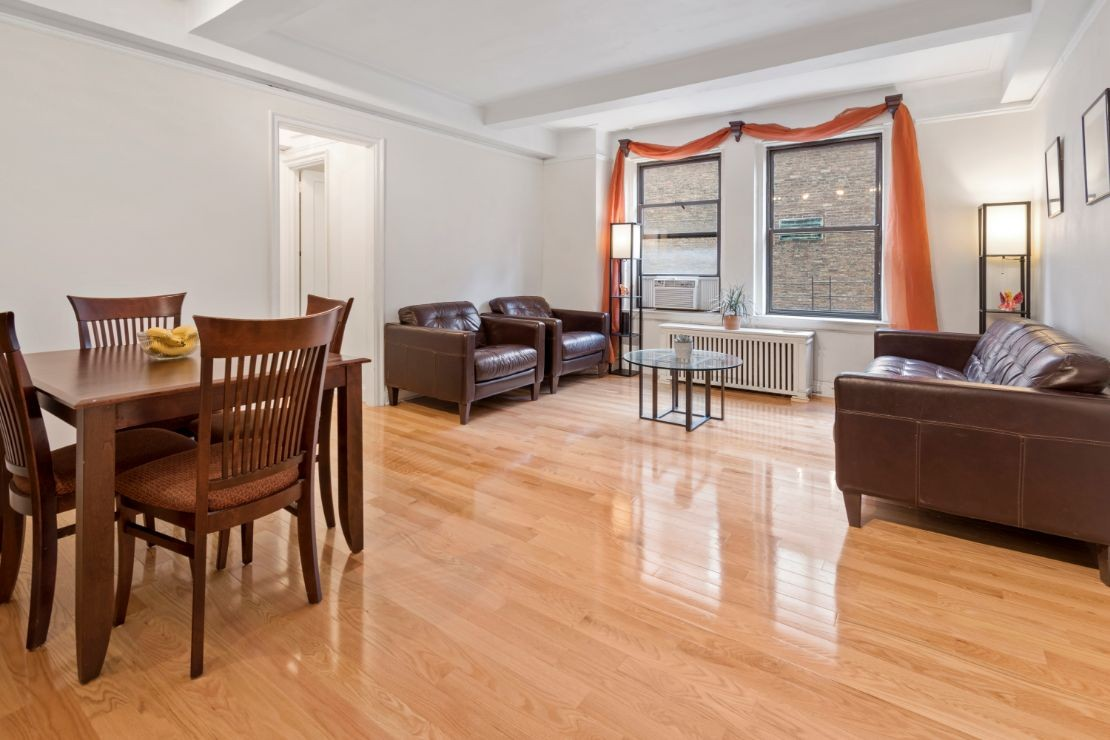 2 Coop in Yorkville