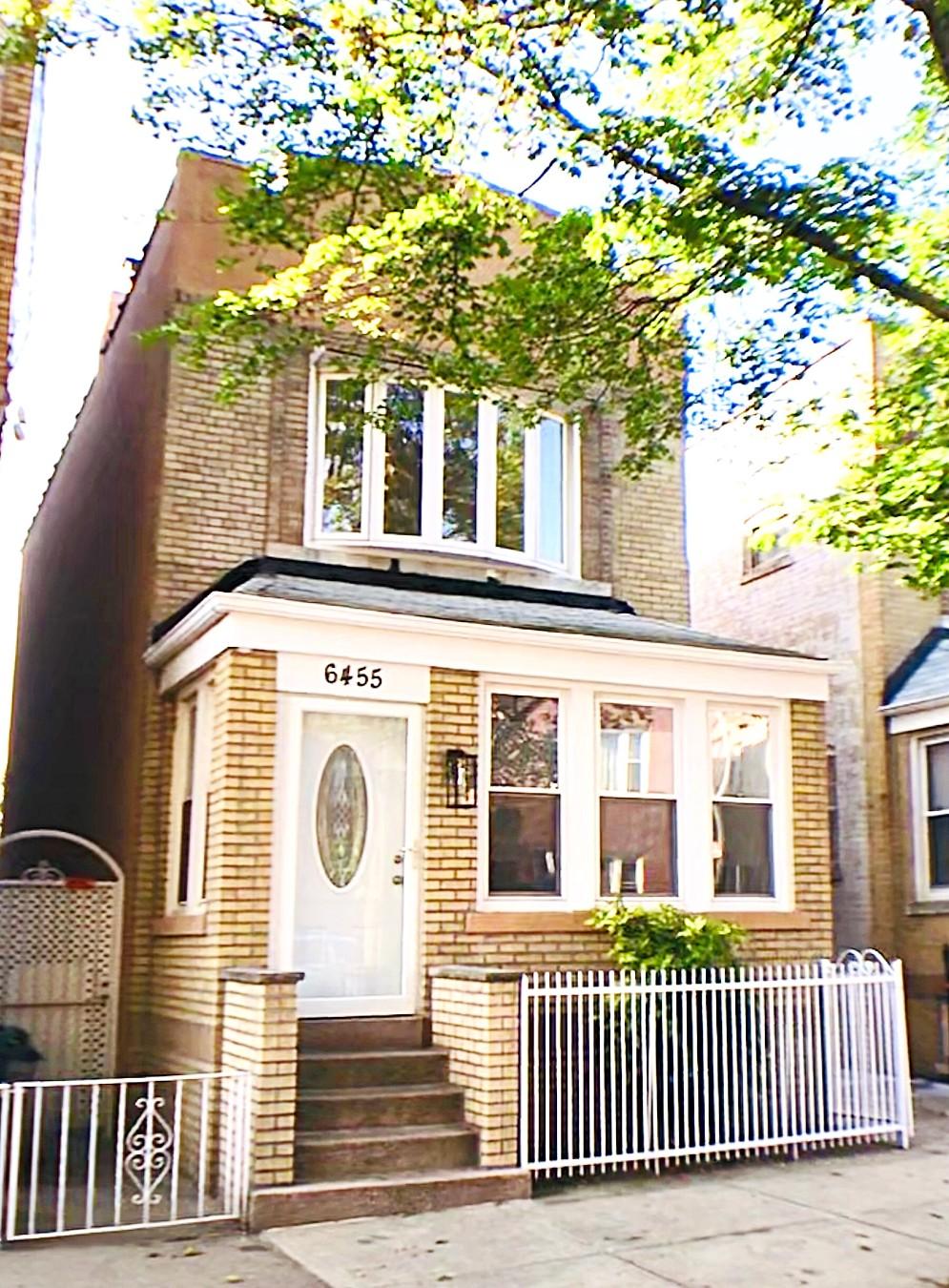 3 House in Ridgewood