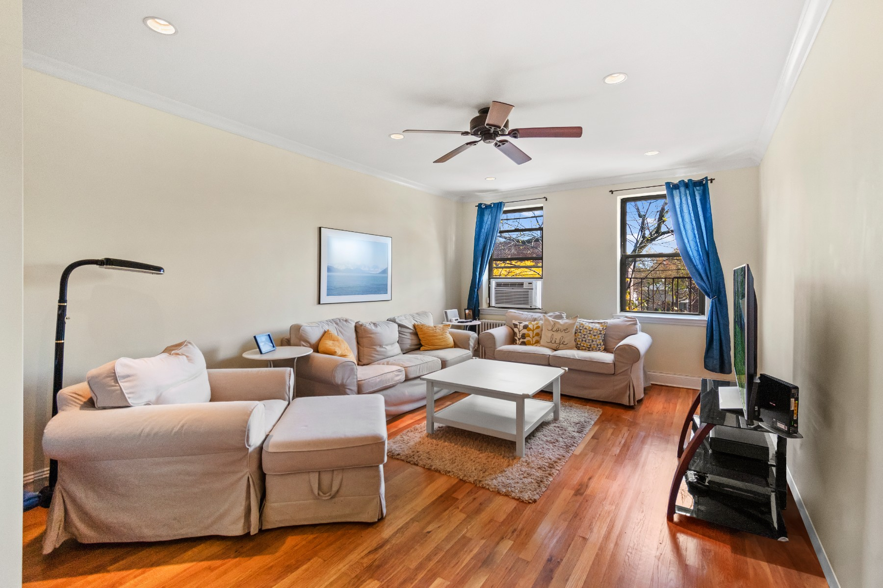 2 Coop in Bayside