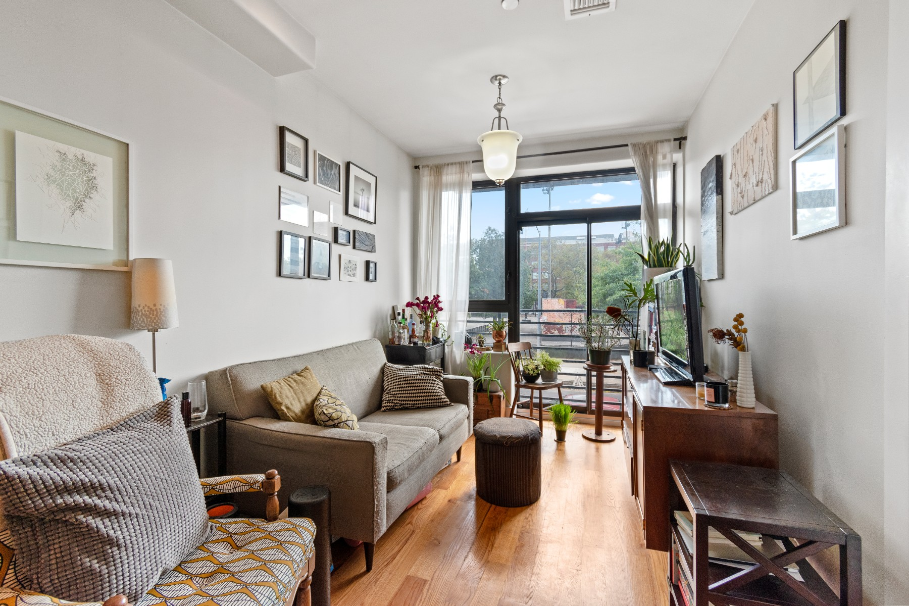 Nyc Condos Brooklyn 1 Bedroom Condo For Sale