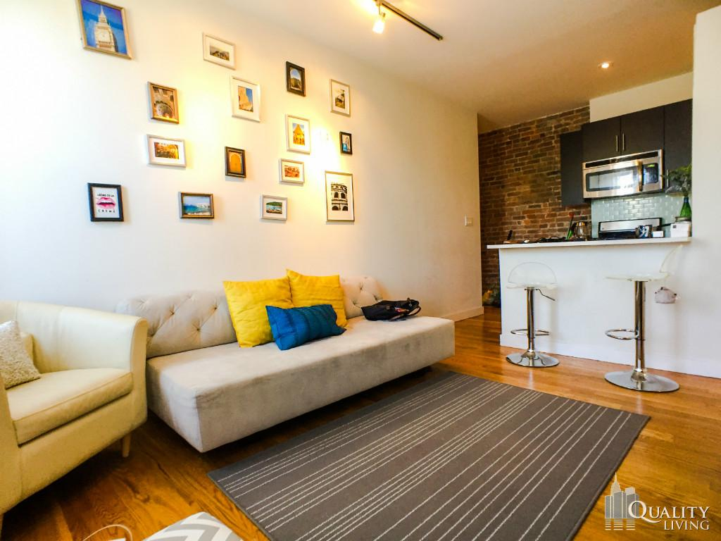 2 Bedroom Townhouse in Lower East Side