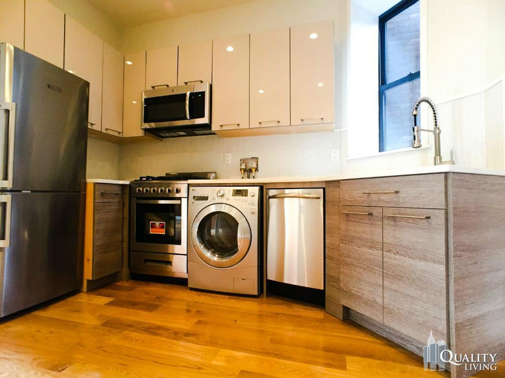 3 Bedroom Apartment in Chinatown