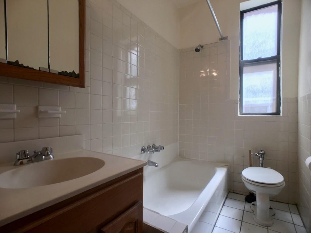 Bathroom IN