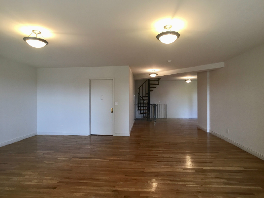 3rd Bedroom out