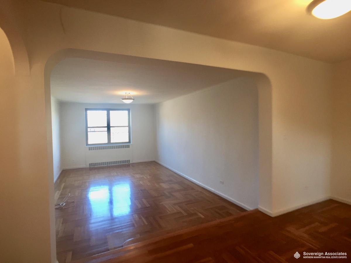 Step-down Livingroom