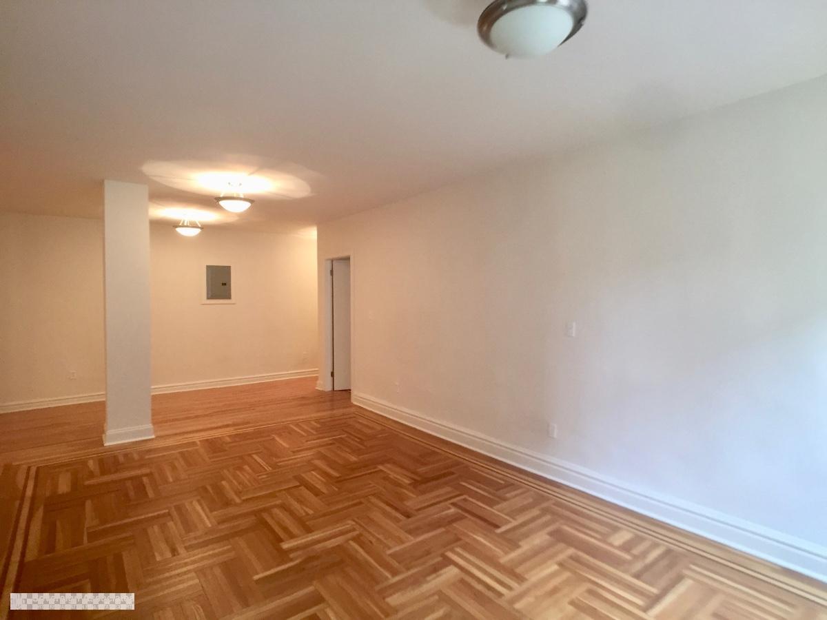 Livingroom out