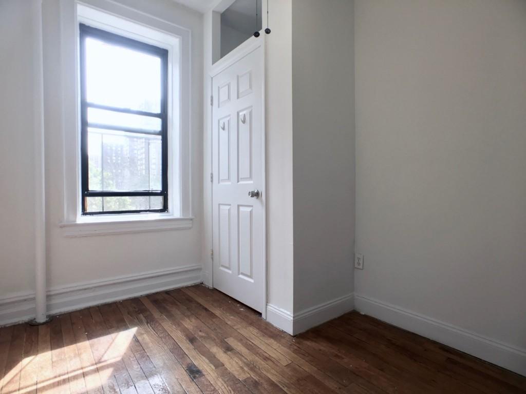 Bedroom 2  IN