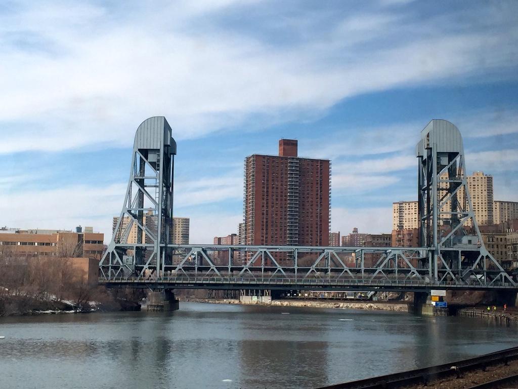 Promenade and Broadway Bridge