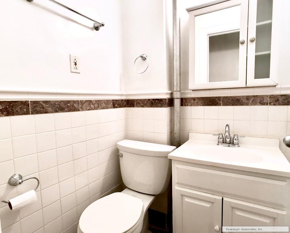BATHROOM (similar)