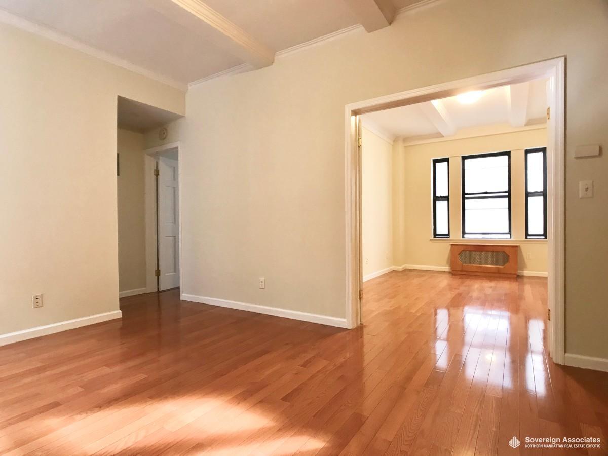LIVING ROOM toward bedroom #1