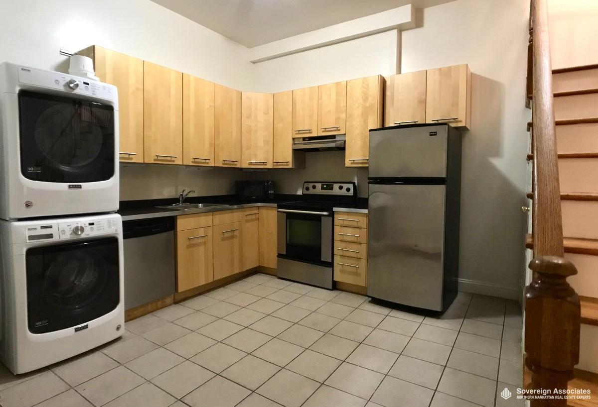 KITCHEN w/ laundry & dishwasher