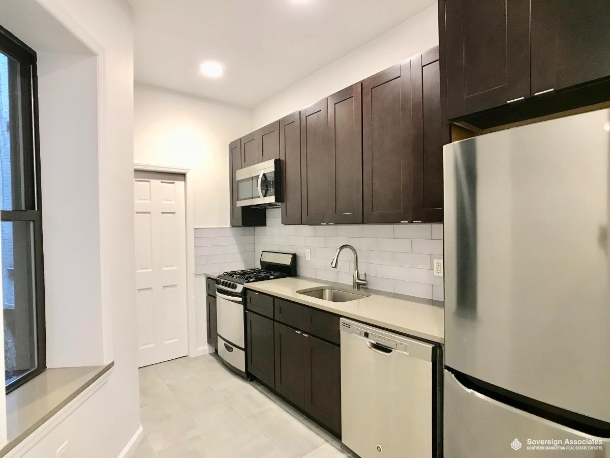 Dishwasher/Micro/St Steel appliances