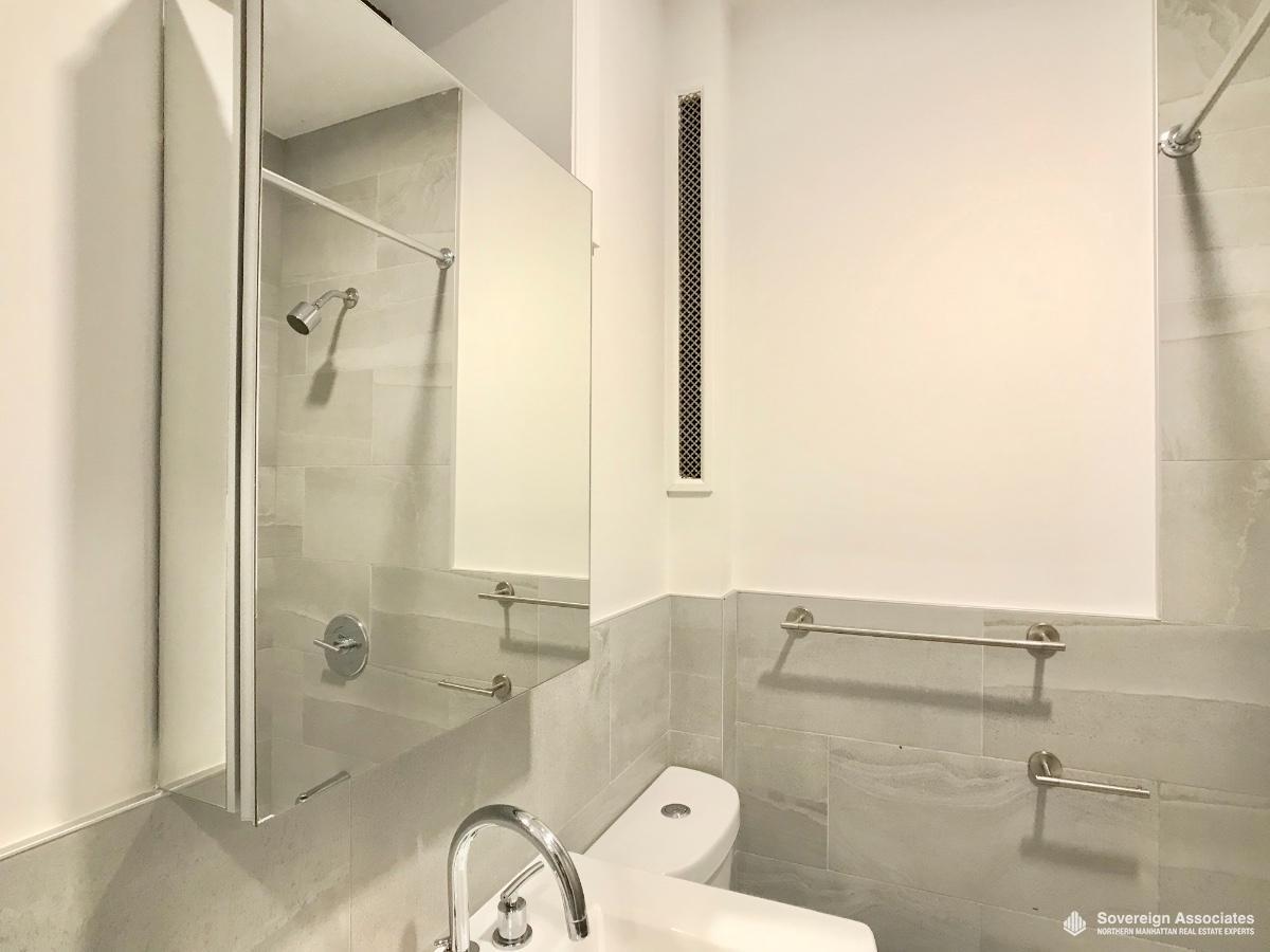 Modern Grey/White Bathroom