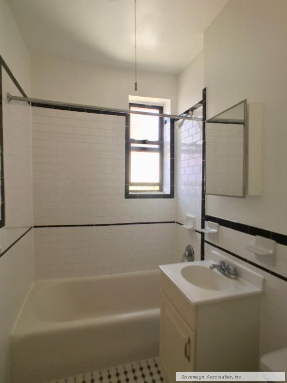 6H Bathroom