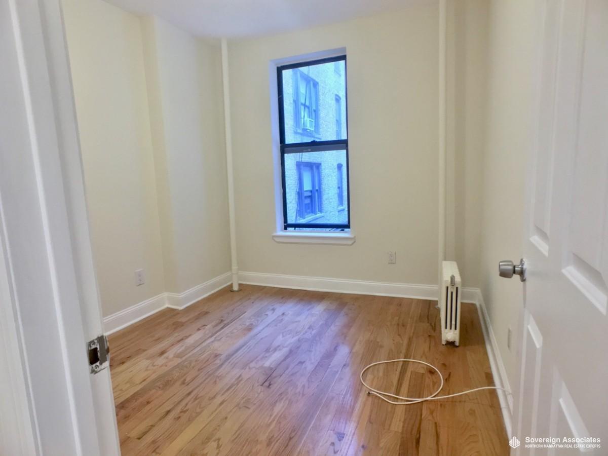 Bedroom 1 IN