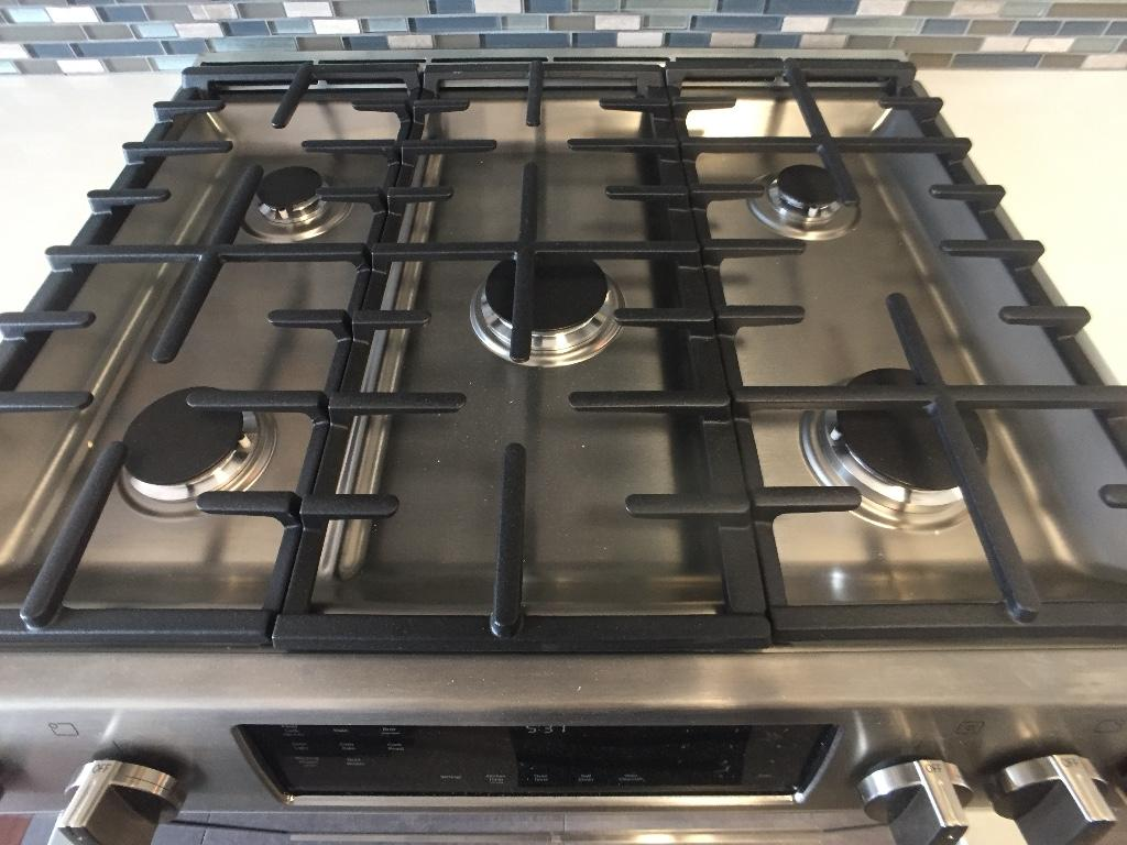 Bosch 5-burner stove