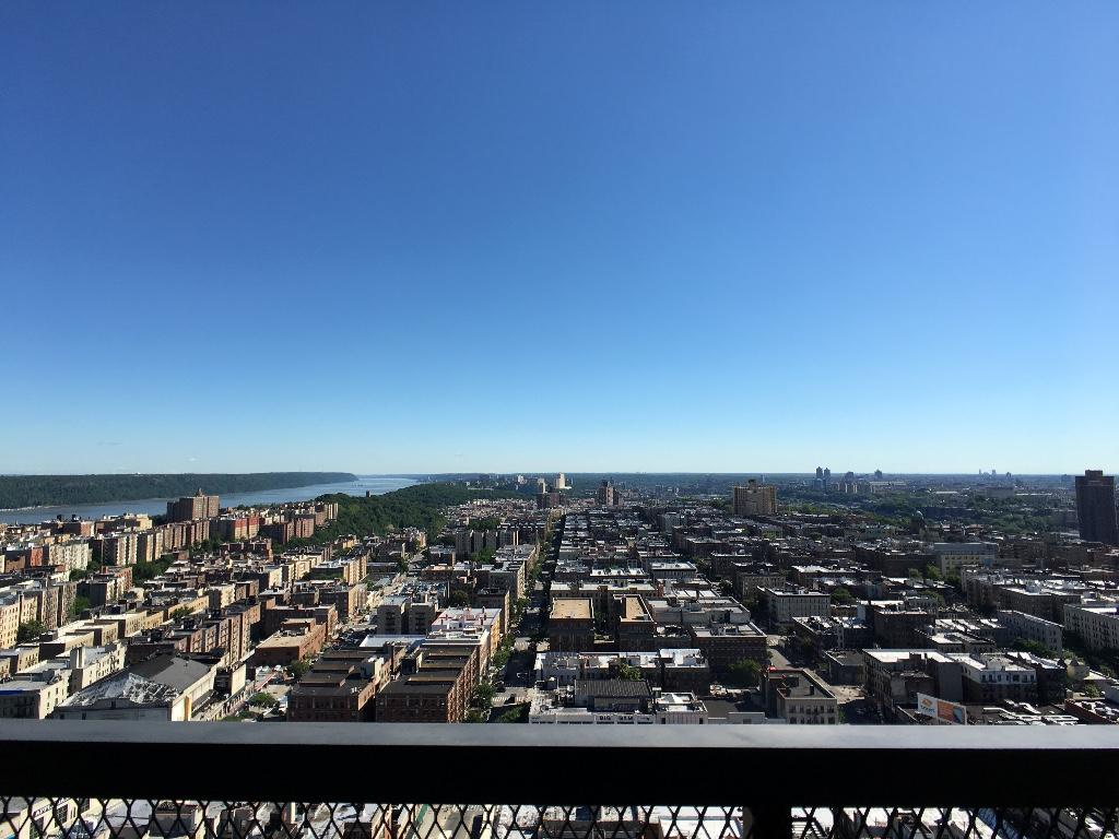 Beautiful View of Upper Manhattan