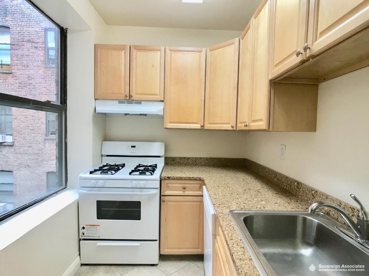 Kitchen/Granite/Dishwasher