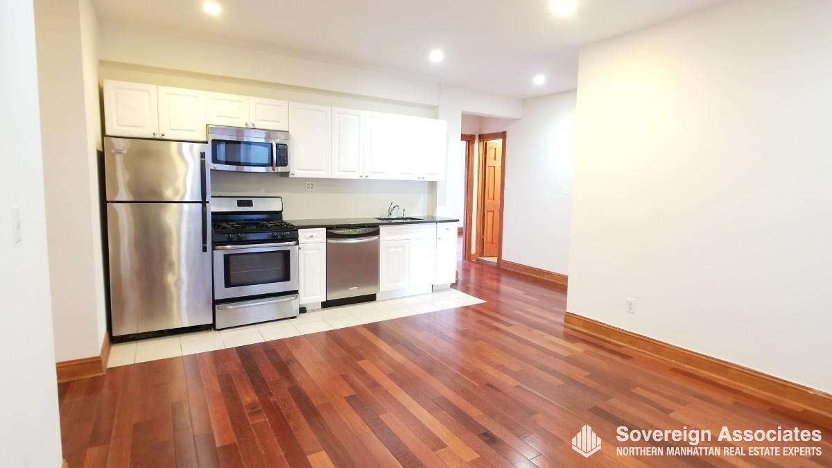 Open Kitchen Living Rm