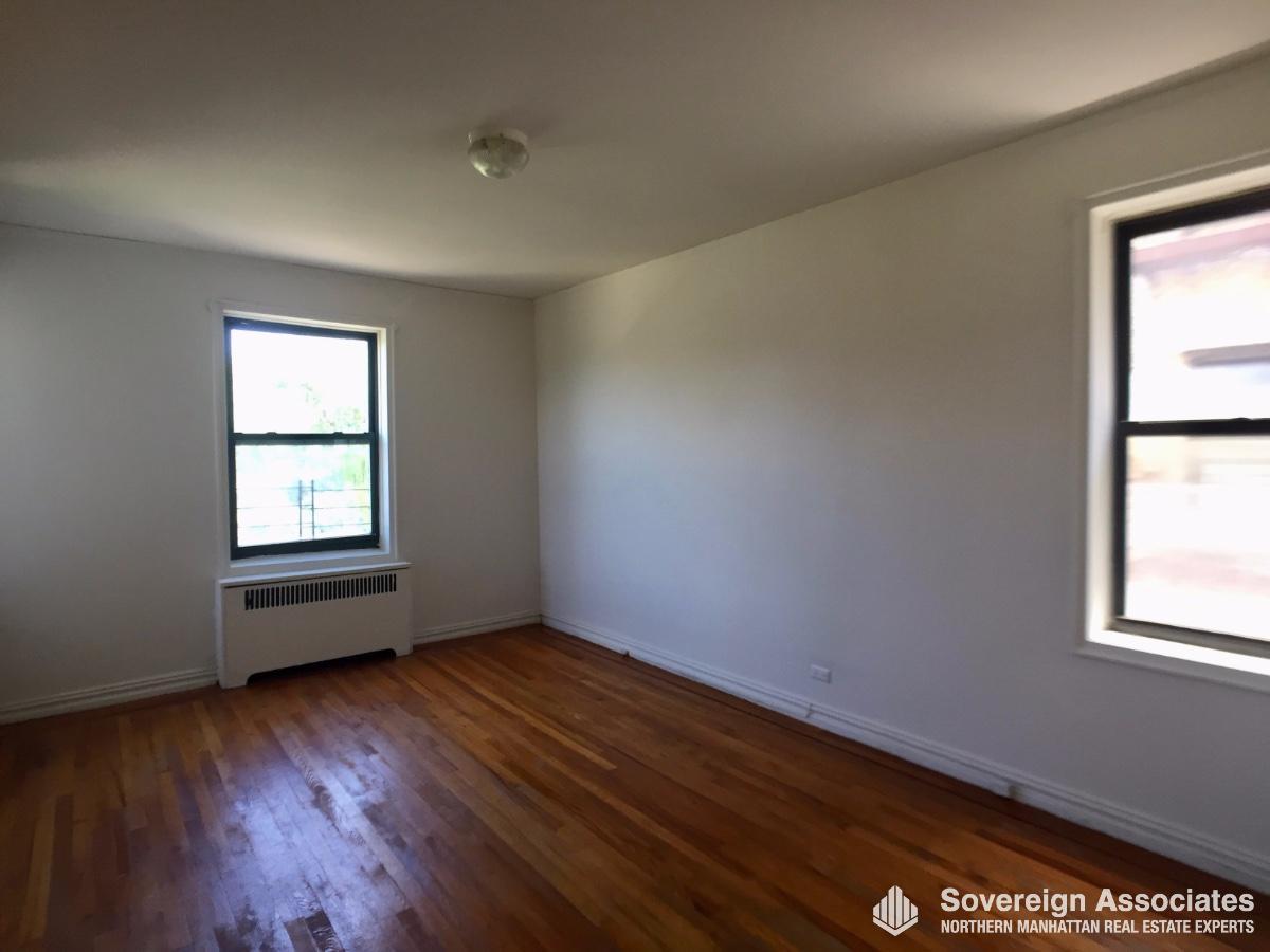 Main bedroom in