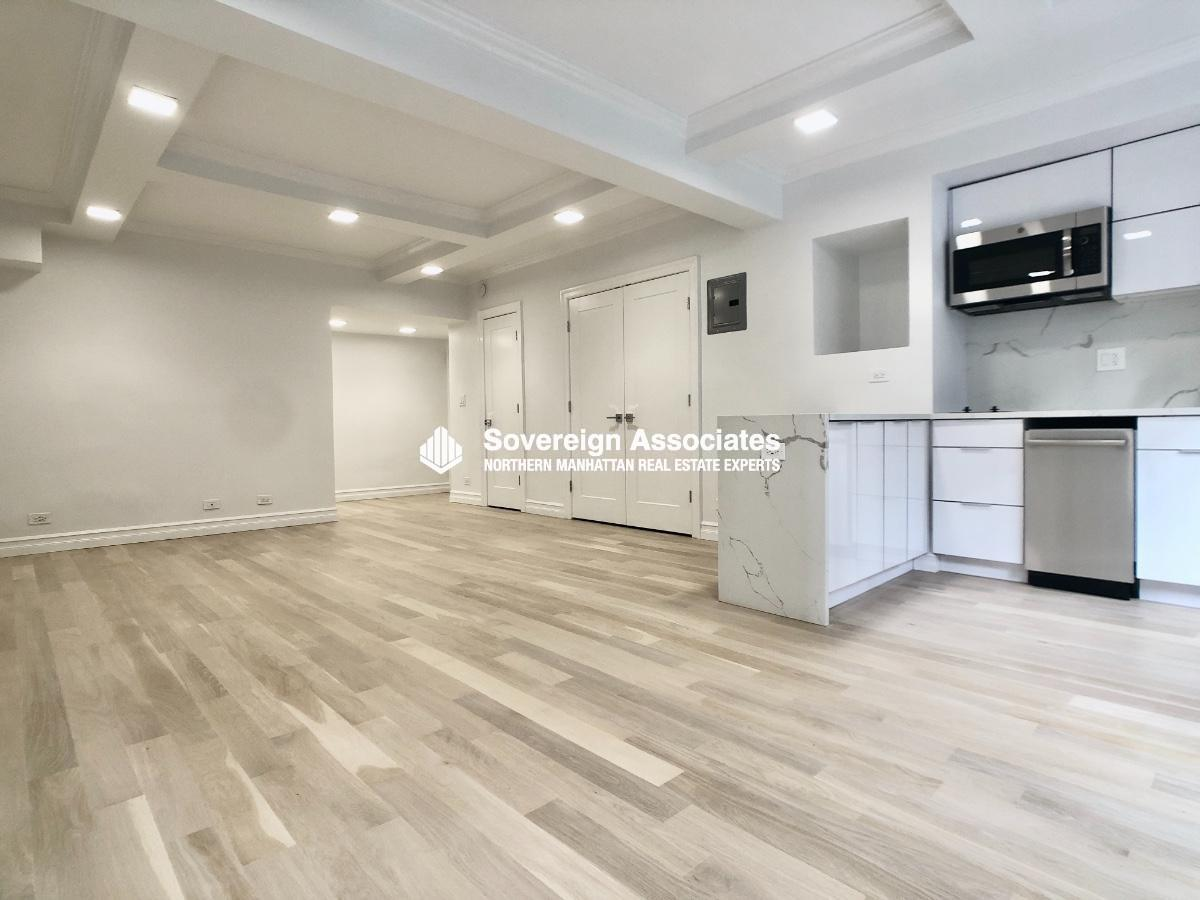 5 Tudor City Place, #B22