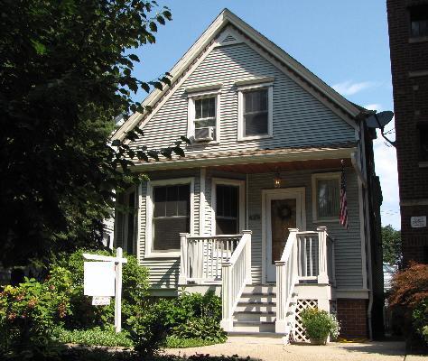 3 Bedroom House in Andersonville