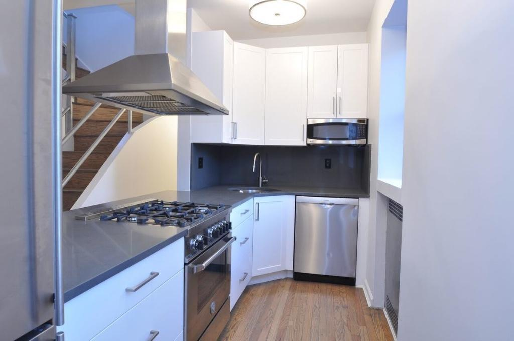 3 Apartment in Midtown South
