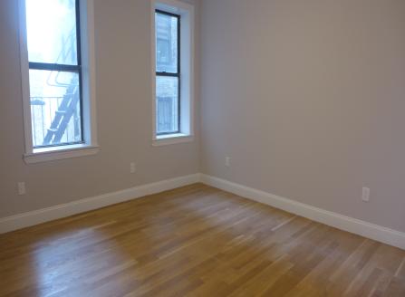 4 Apartment in Inwood