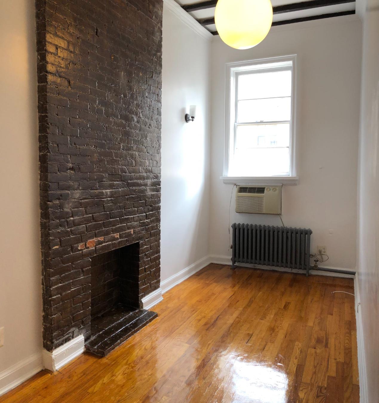 105 Christopher Street, Apt 3A, Manhattan, New York 10014