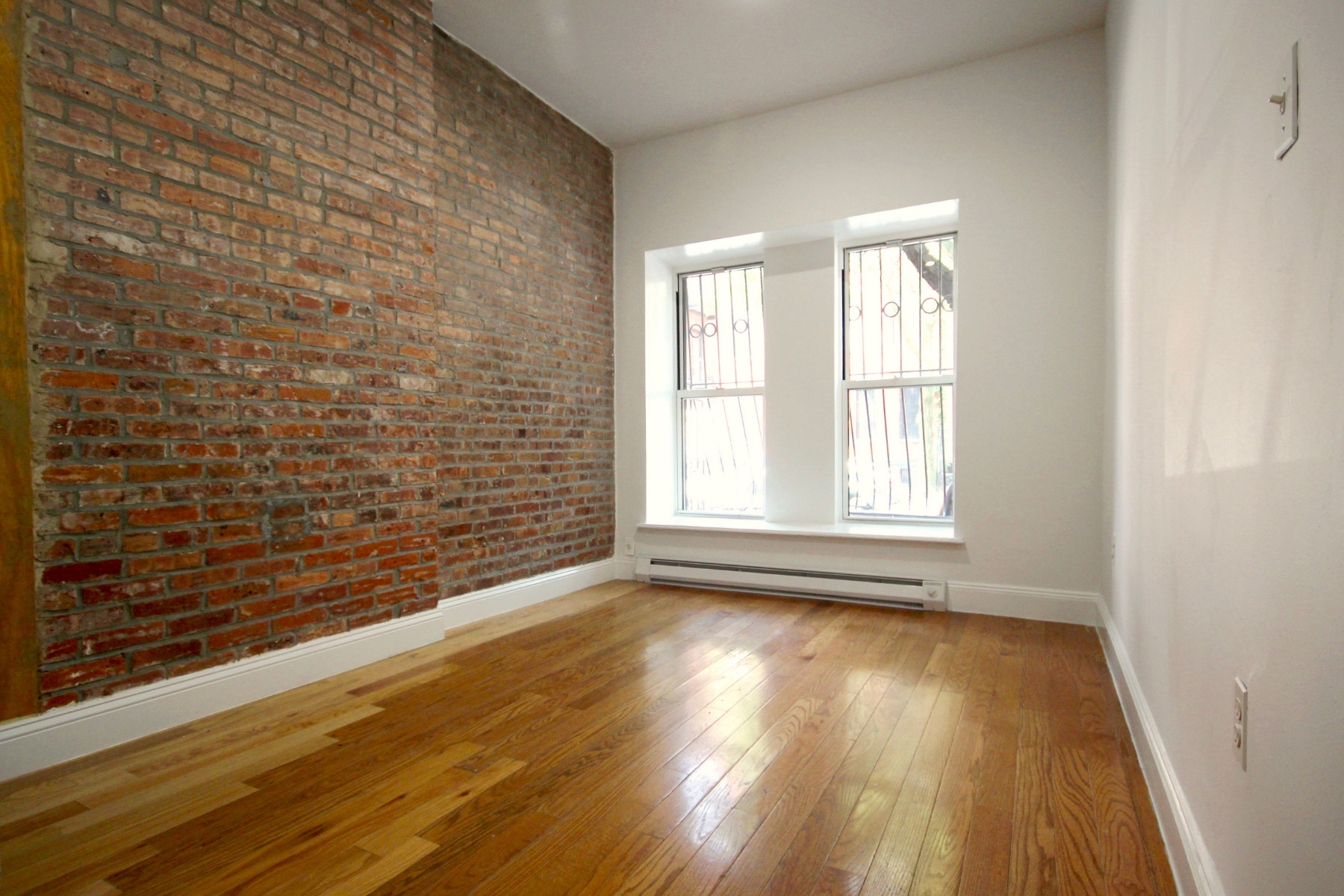 43 Cumberland Street, Apt 1B, Brooklyn, New York 11205