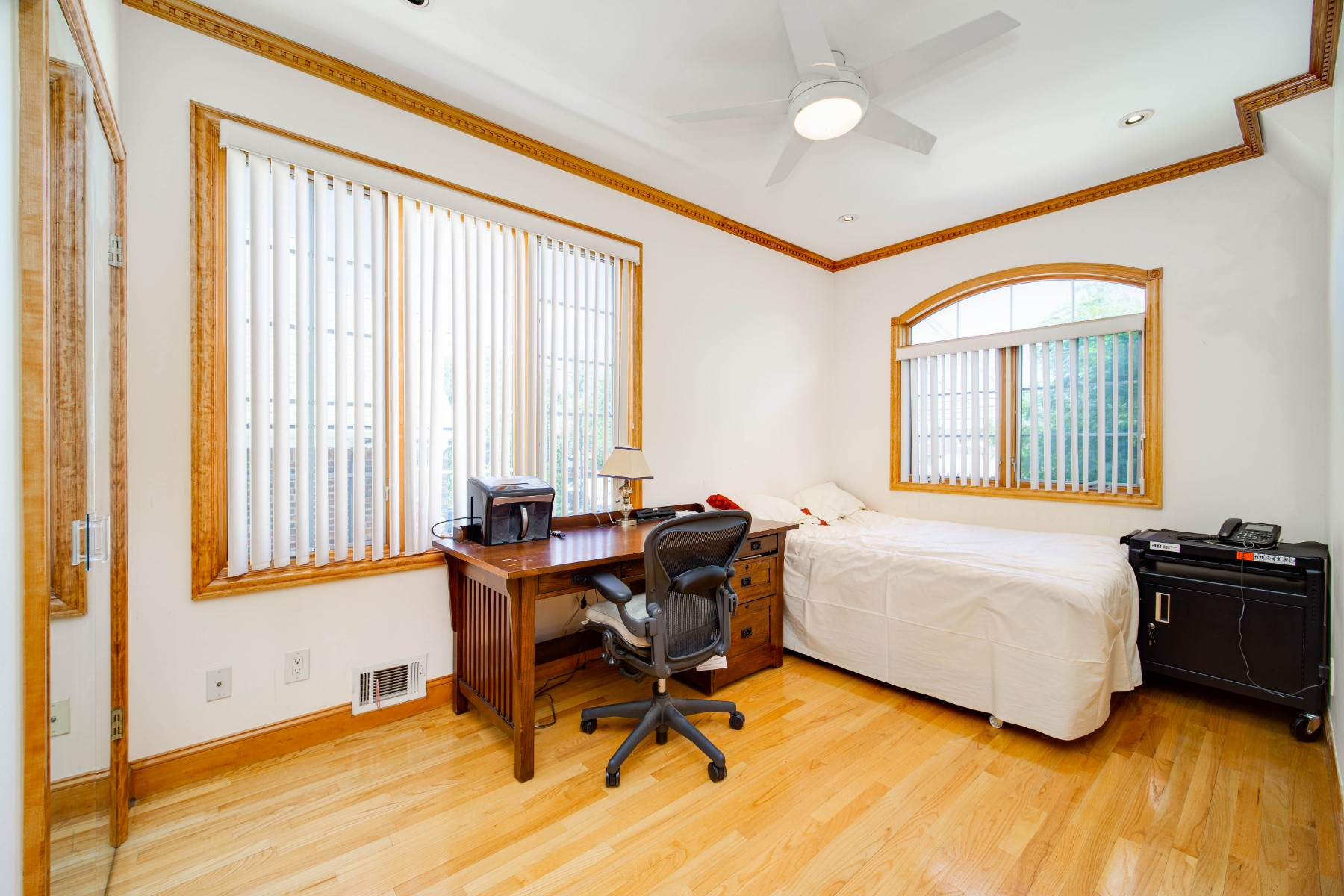 28-56 215th Place Bayside Queens NY 11360