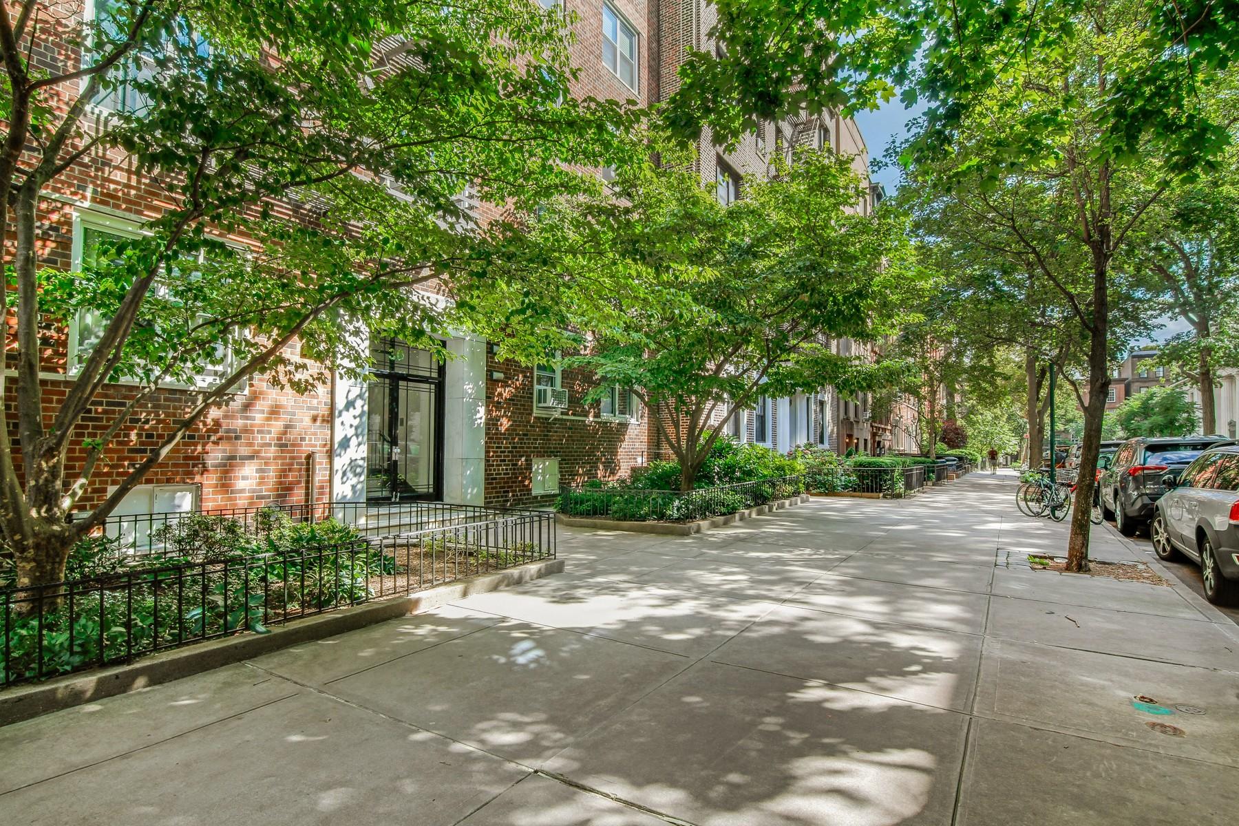 30 Monroe Place Brooklyn Heights Brooklyn NY 11201