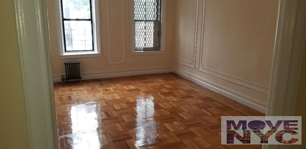 2 Apartment in Bedford Park