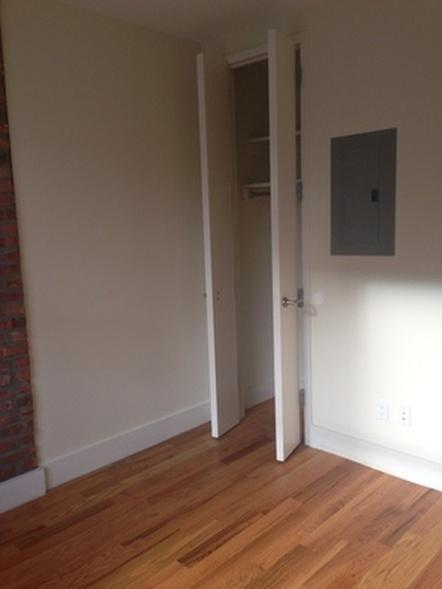5 Apartment in Bushwick