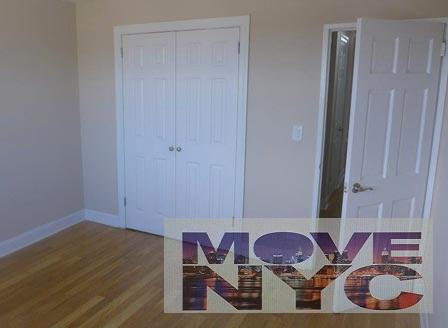 2 Apartment in Morris Park
