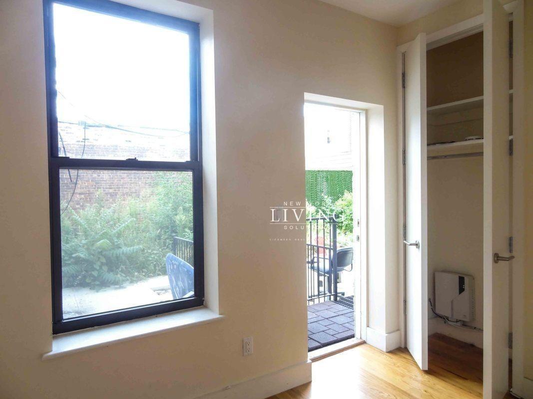 871 Knickerbocker Avenue Bushwick Brooklyn NY 11207