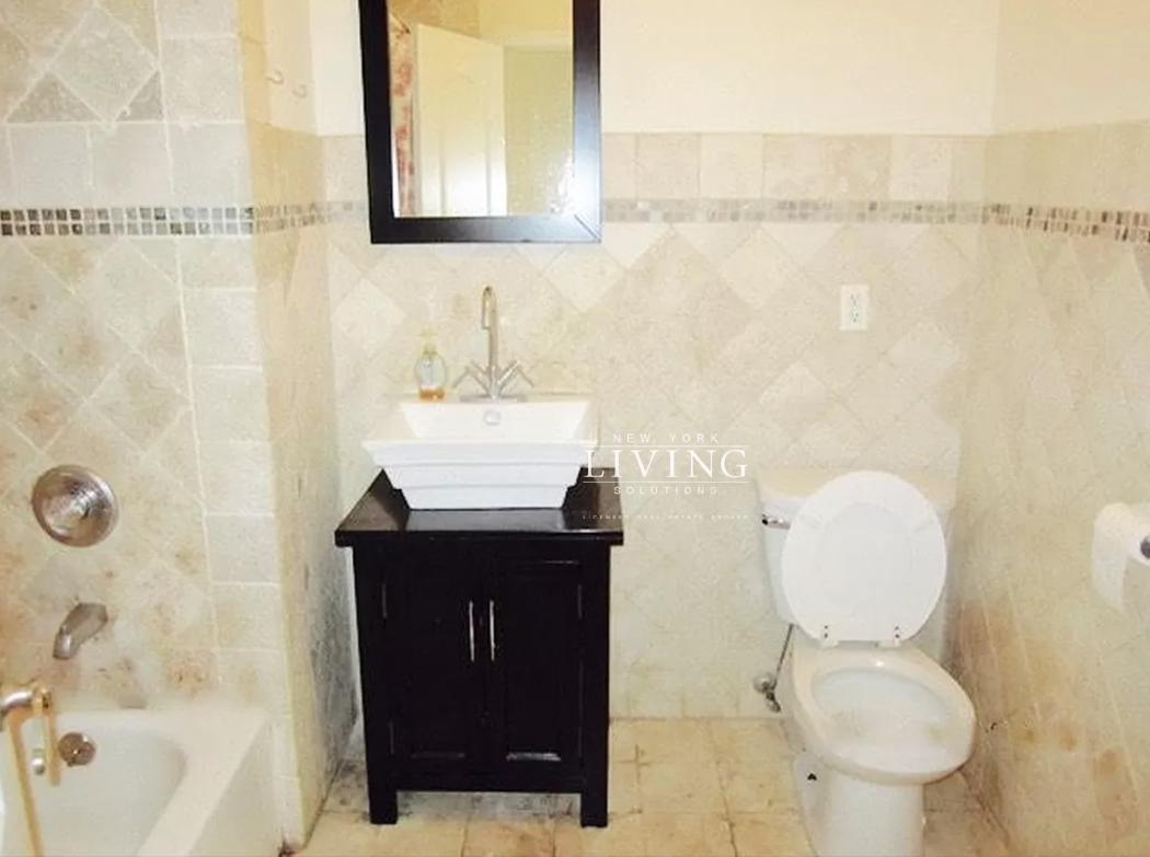 85-63 116th Street Forest Hills Queens NY 11418