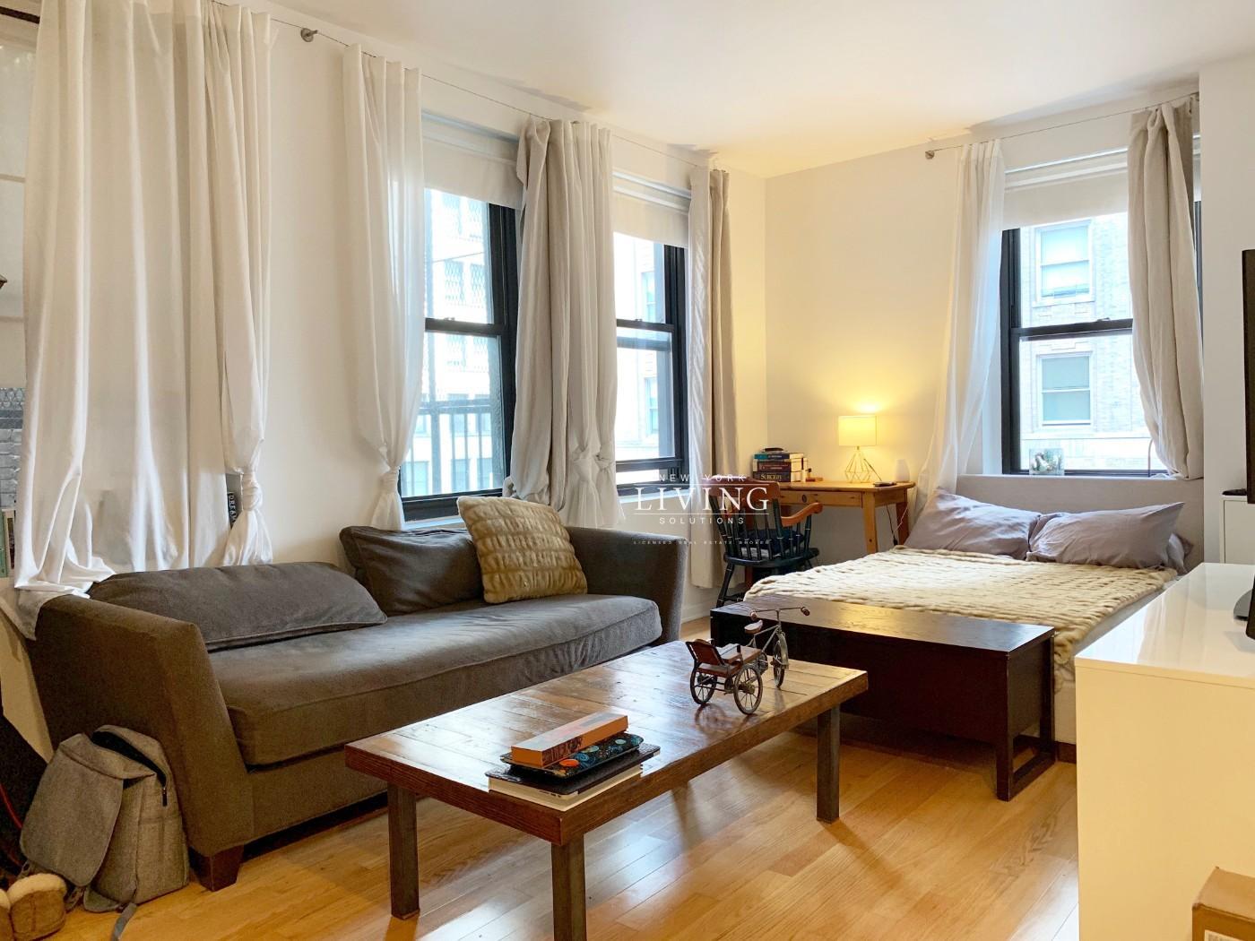56 Pine Street, Apt 15C, Manhattan, New York 10005
