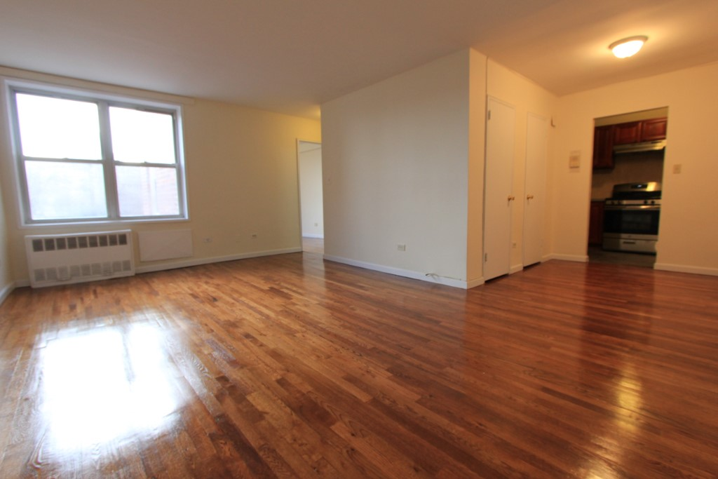 1 Apartment in Forest Hills
