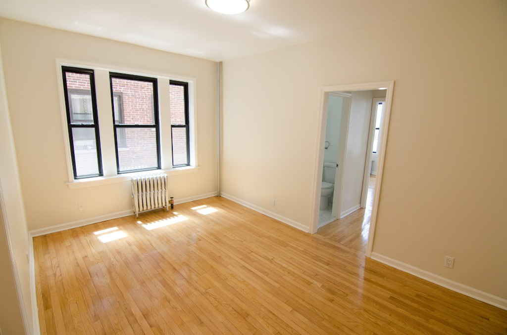 43-38 39th Place, Apt 34, Queens, New York 11104