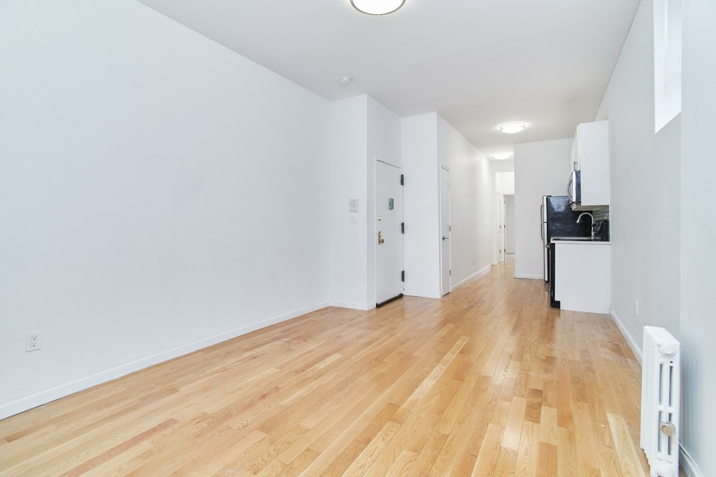 10-22 47th Road, Apt 1L, Queens, New York 11101