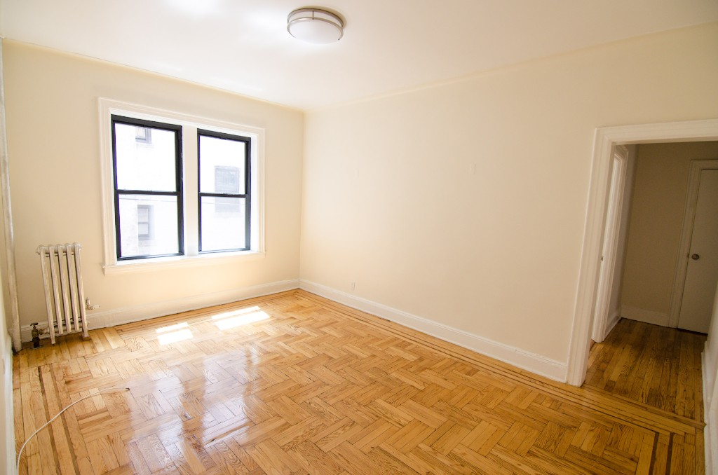 47-06 45th Street, Apt A-5, Queens, New York 11377