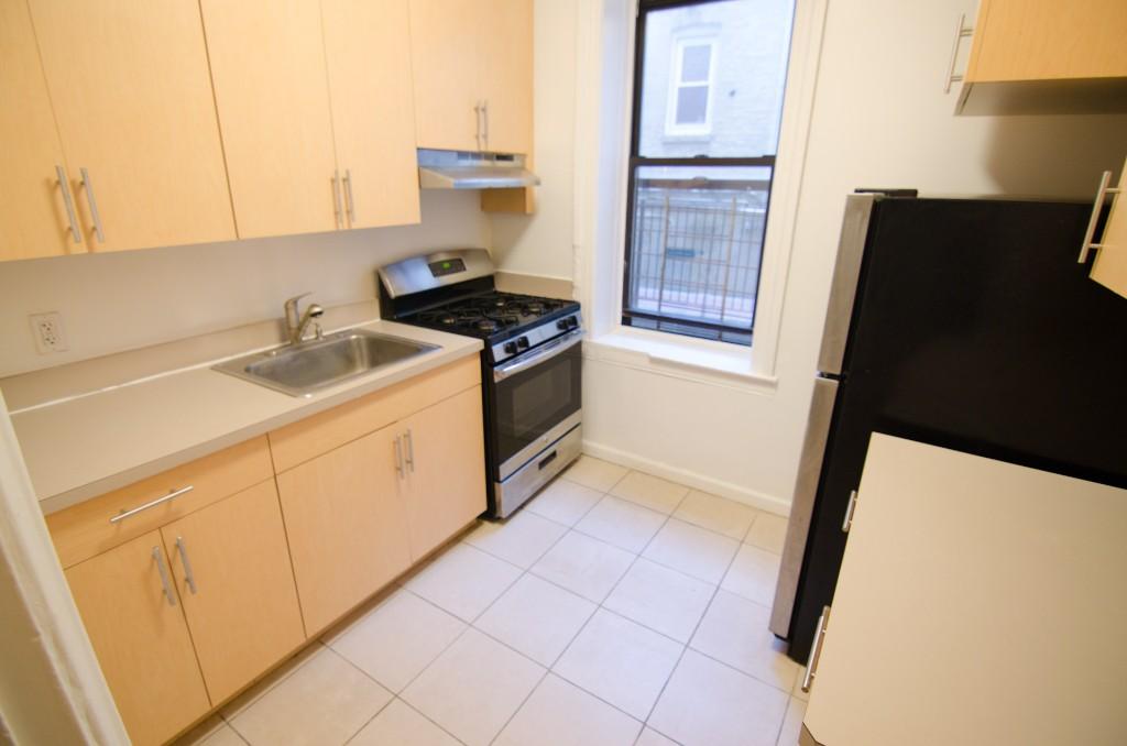 32-42 33rd Street, Apt A1, Queens, New York 11106